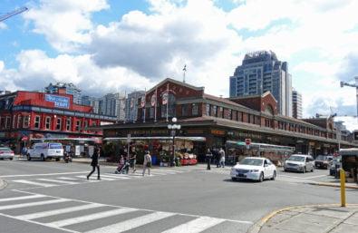 Byward_Market_downtown_Ottawa