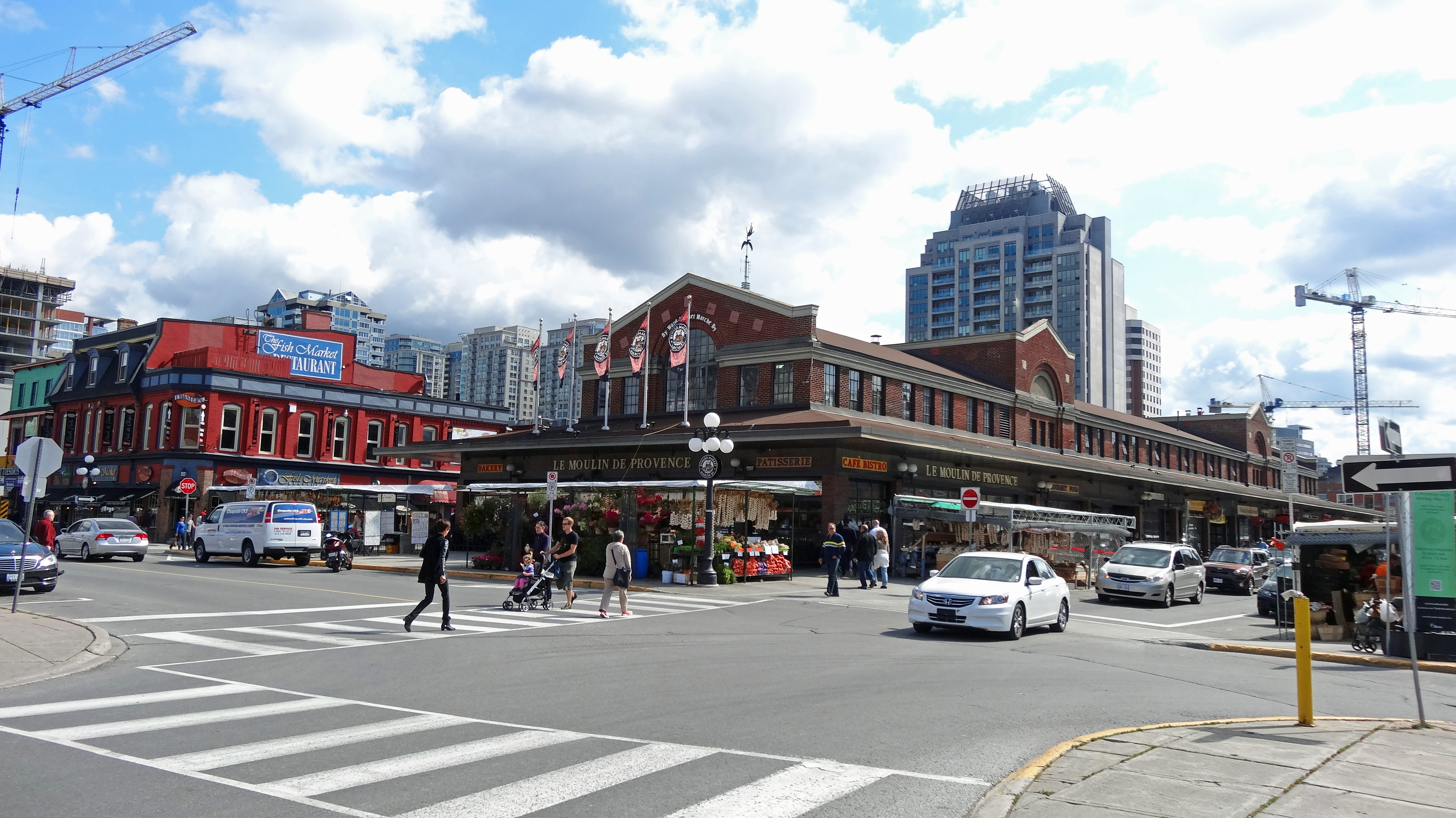 Byward_Market_downtown_Ottawa